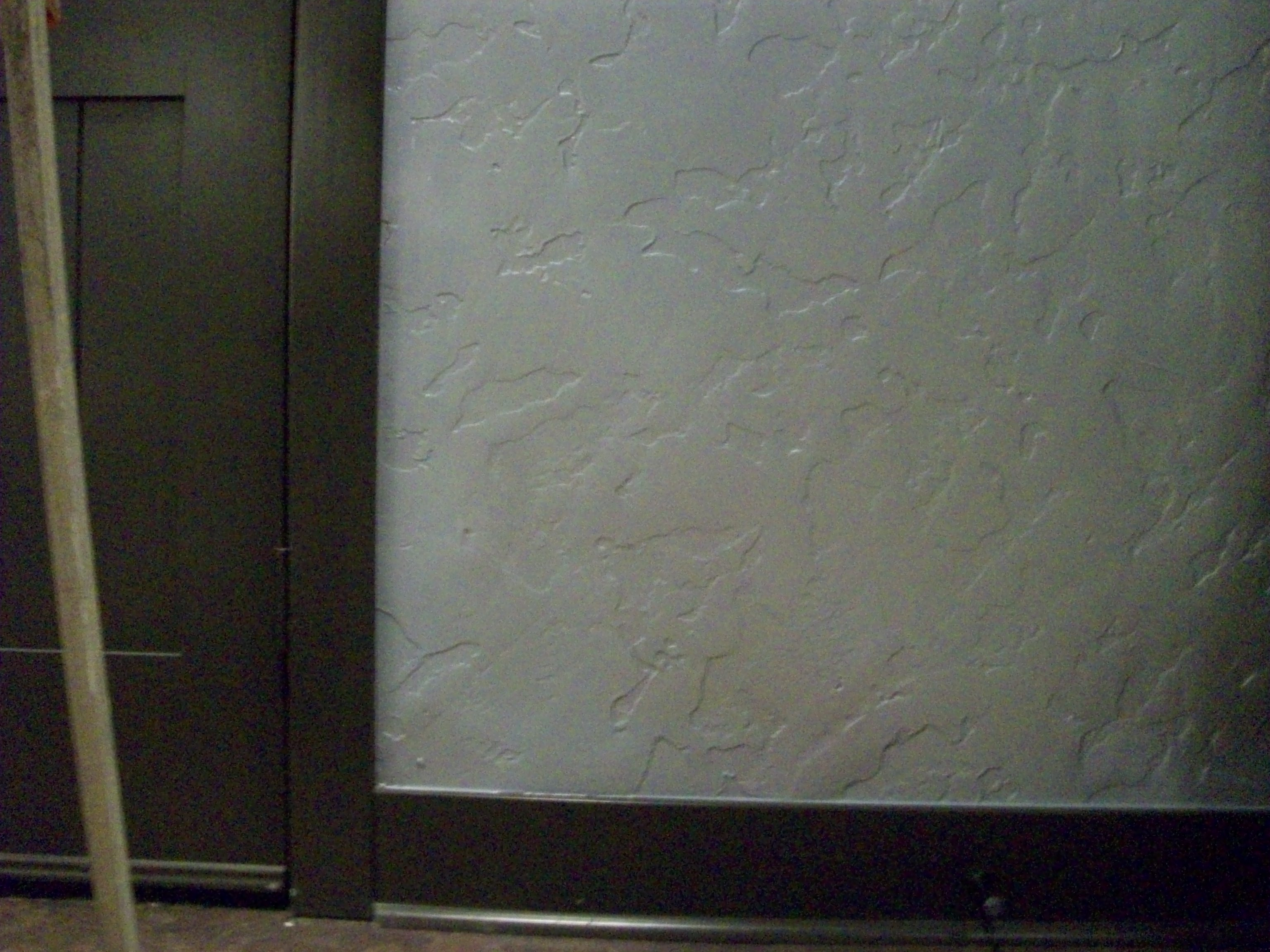 Metallic walls contemporary silver drcustompainting - Silver metallic wall paint ...
