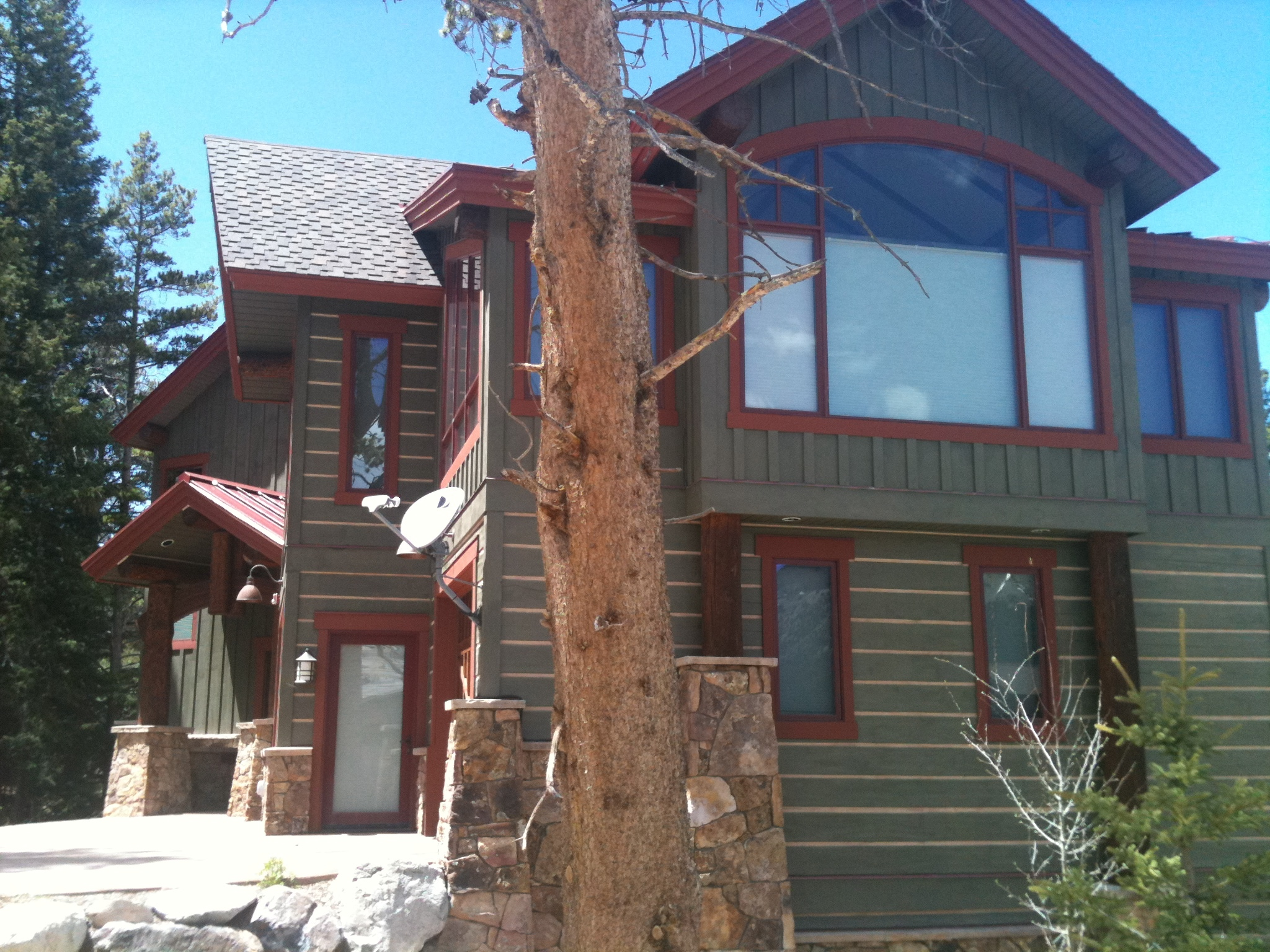 Cabin exterior stain paint colors painting log cabin exterior colors